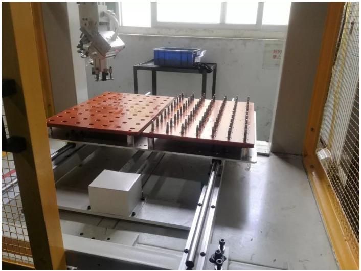 [自动化夹具案例分享]电子烟五金配件加工车床  自动化生产线 自动化夹具 自动上下料 第3张